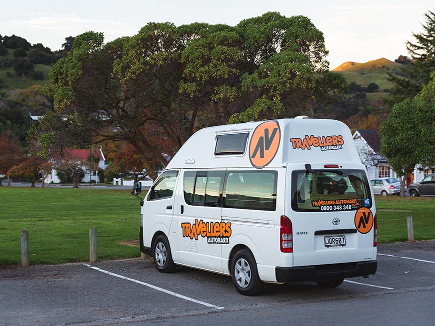 Camper van Travellers autobarn Nouvelle-Zélande