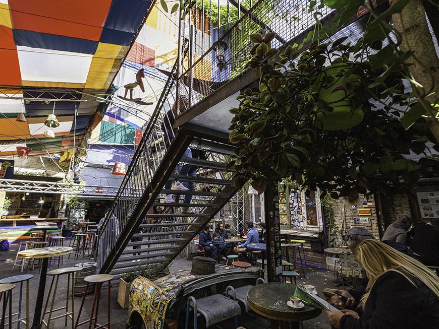 Ruin bar Szimpla Kert Budapest
