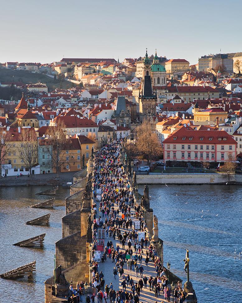 Le Célèbre Pont Charles de Prague