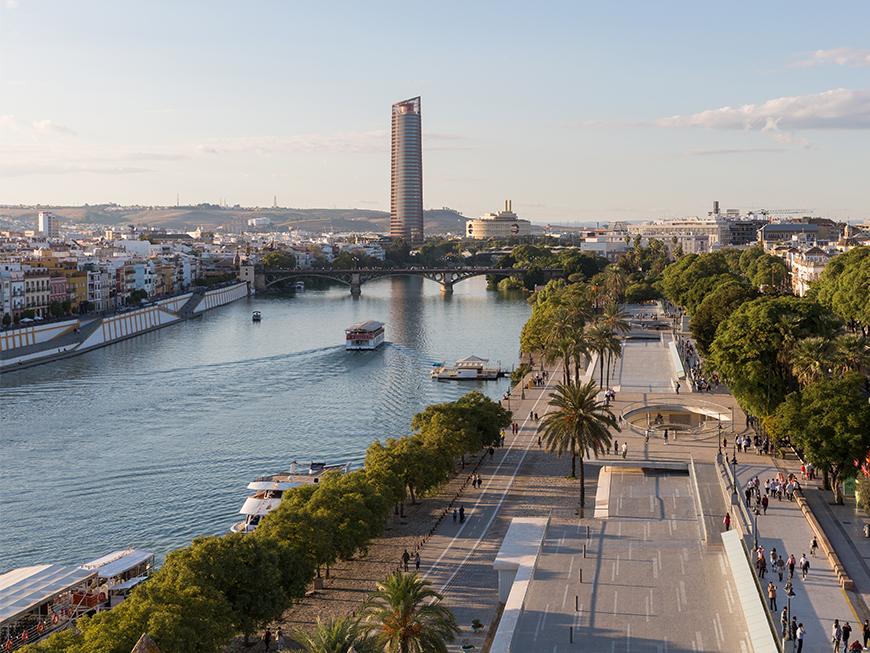 Vue depuis la Tour de l'Or de Séville