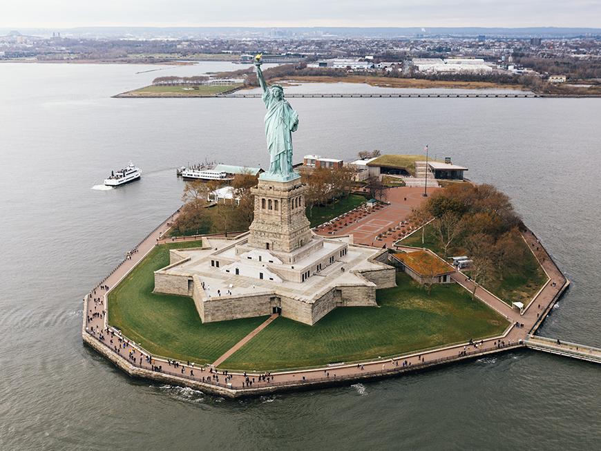 New York en hélicoptère - Statue de la Liberté