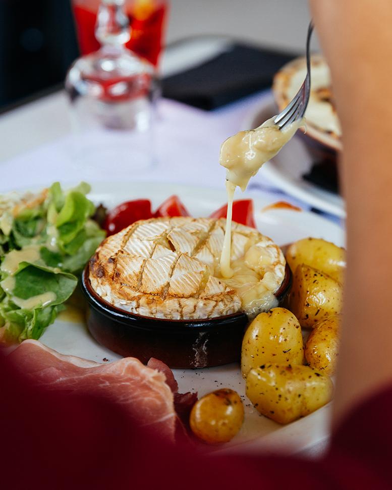 Restaurant Le Siècle - Les Ollières sur Eyrieux