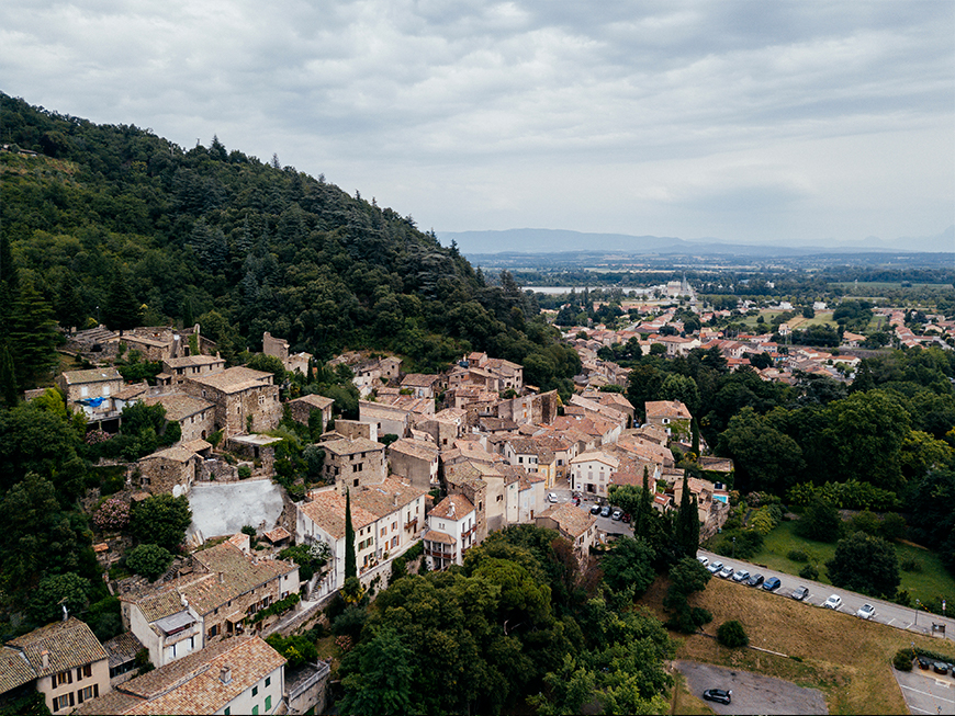 Village de Beauchastel - Ardèche Buissonnière
