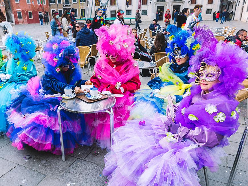 Carnaval de Venise - Table terrasse